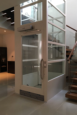 home lift, handicap lift, disabled lift, platform lift